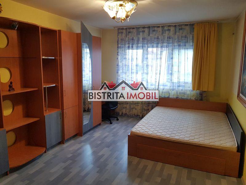 Apartament 2 camere, Stefan cel Mare, decomandat, utilat si mobilat